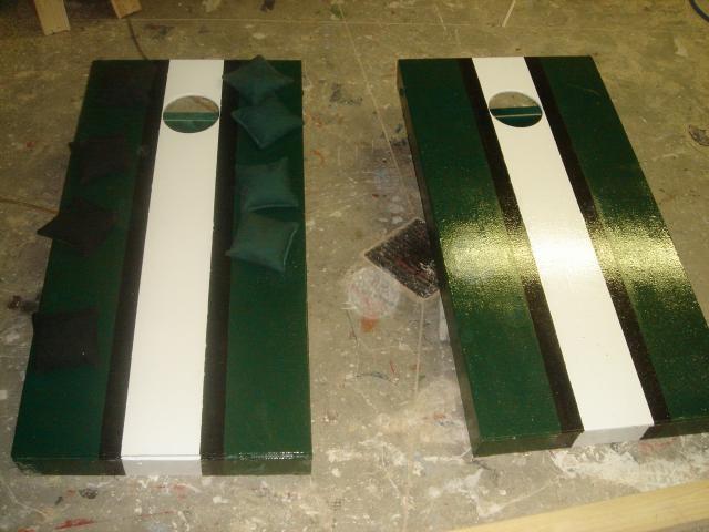 eagles fan custom painted corn hole set boards and bags - Custom Corn Hole Boards